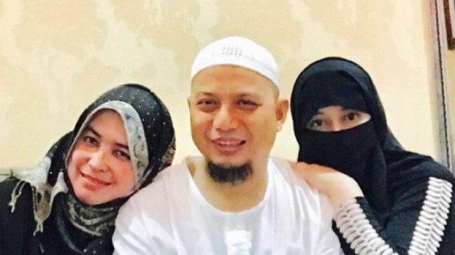 Perihal Hukum Poligami - ustan arifin ilham berpoligami
