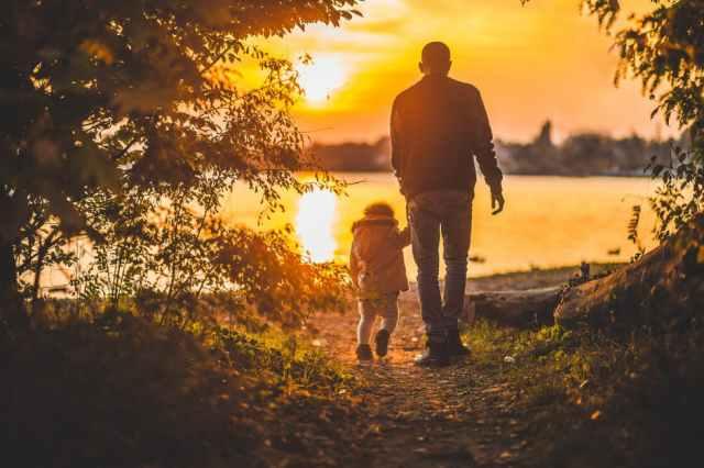 ayah zaman now itu Sabar Menghadapi Kemanjaan Anak dan Istri