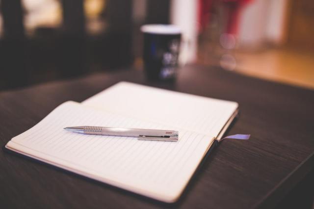Memutuskan Untuk Tetap Menulis